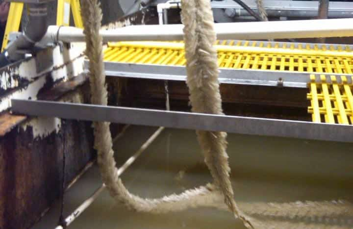 ROPE MOP SKIMMERS
