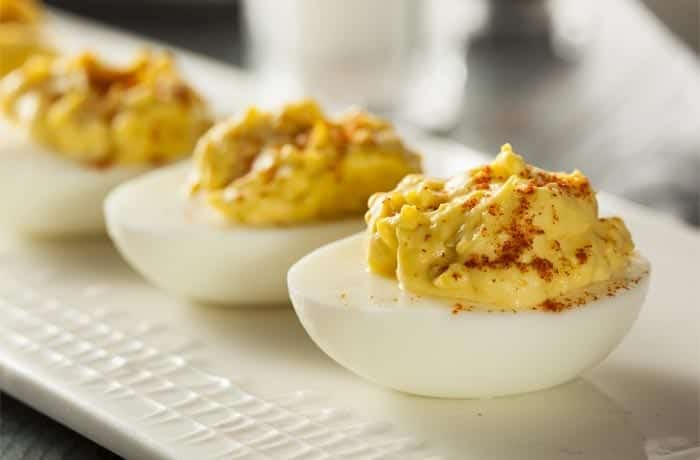 sweet-hot-deviled-eggs